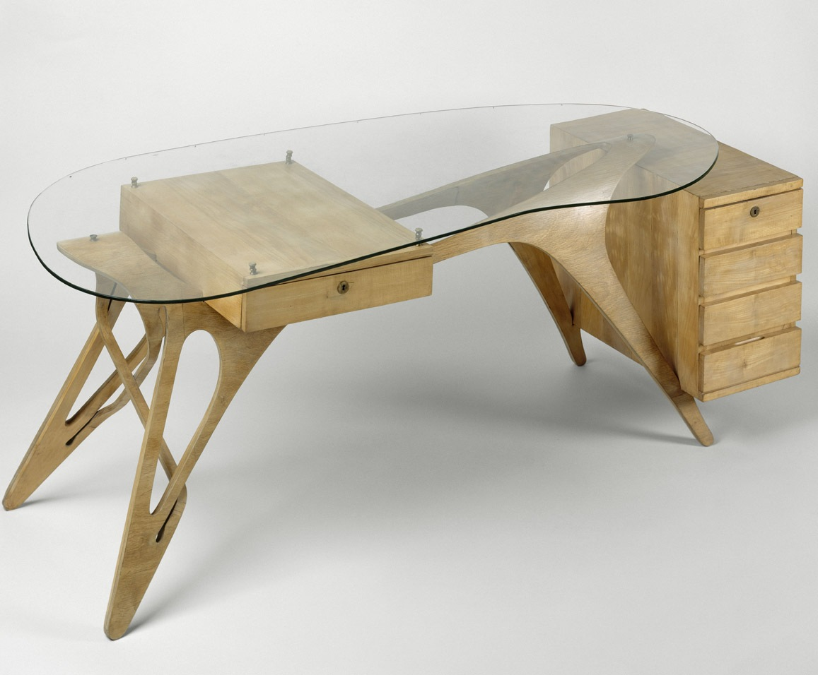 Penccil carlo mollino tables and chairs for Bureau table