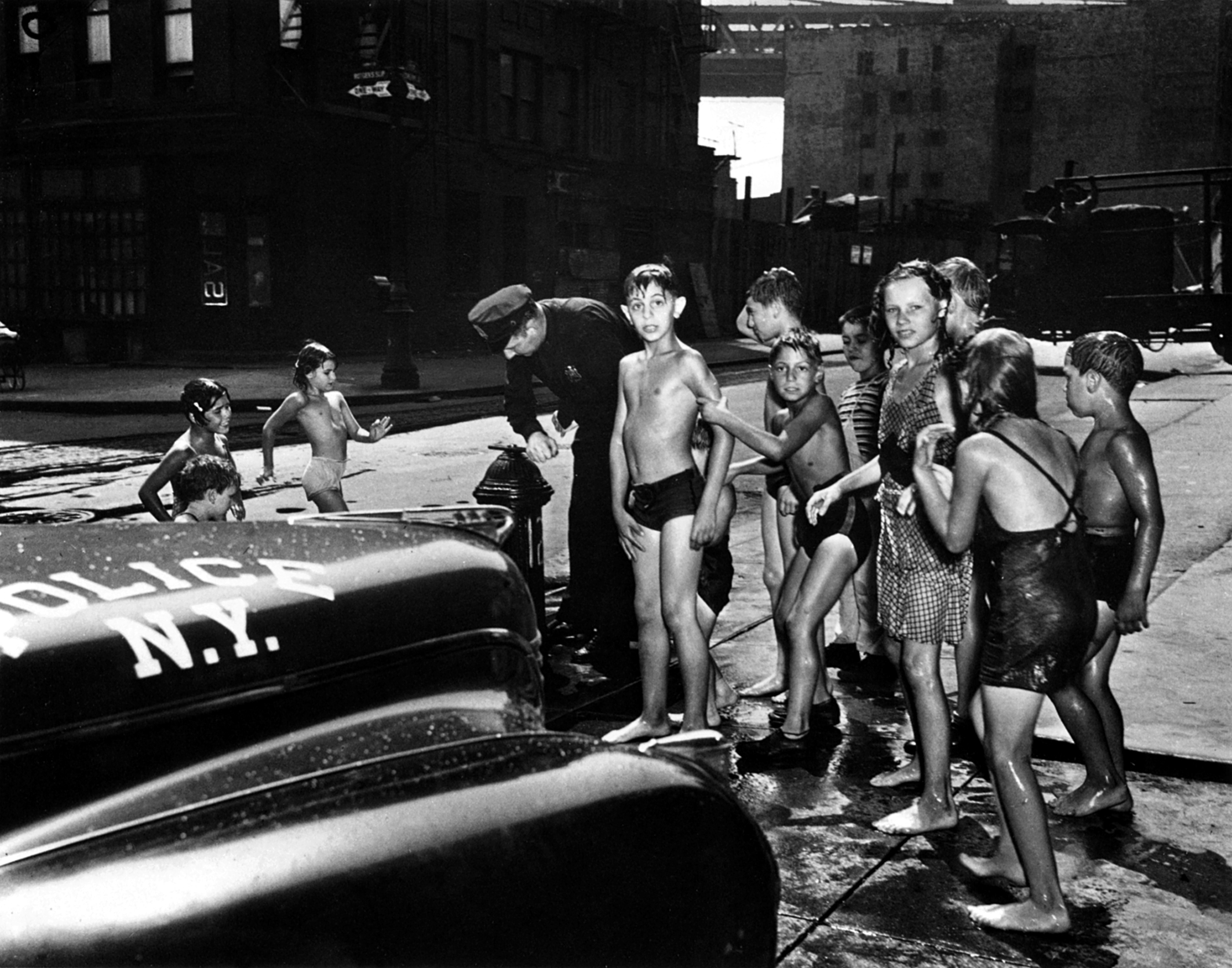 penccil weegee  situation photographer