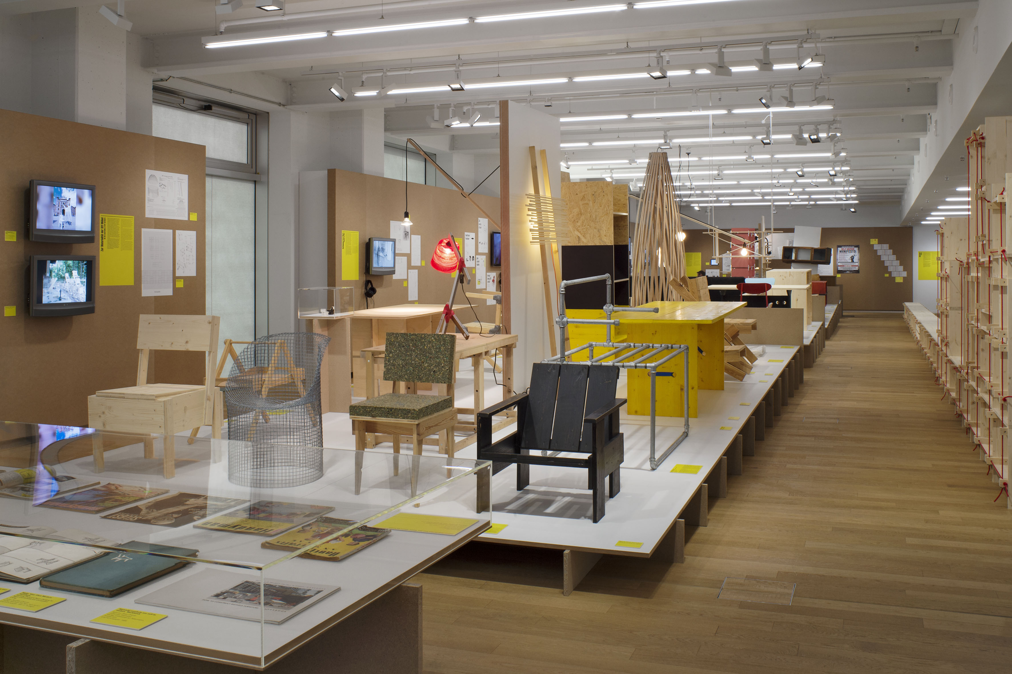 Penccil diy design exhibition do it yourself design at museum fr gestaltung schaudepot 20 march to 31 may 2015 photo regula bearth zhdk solutioingenieria Images