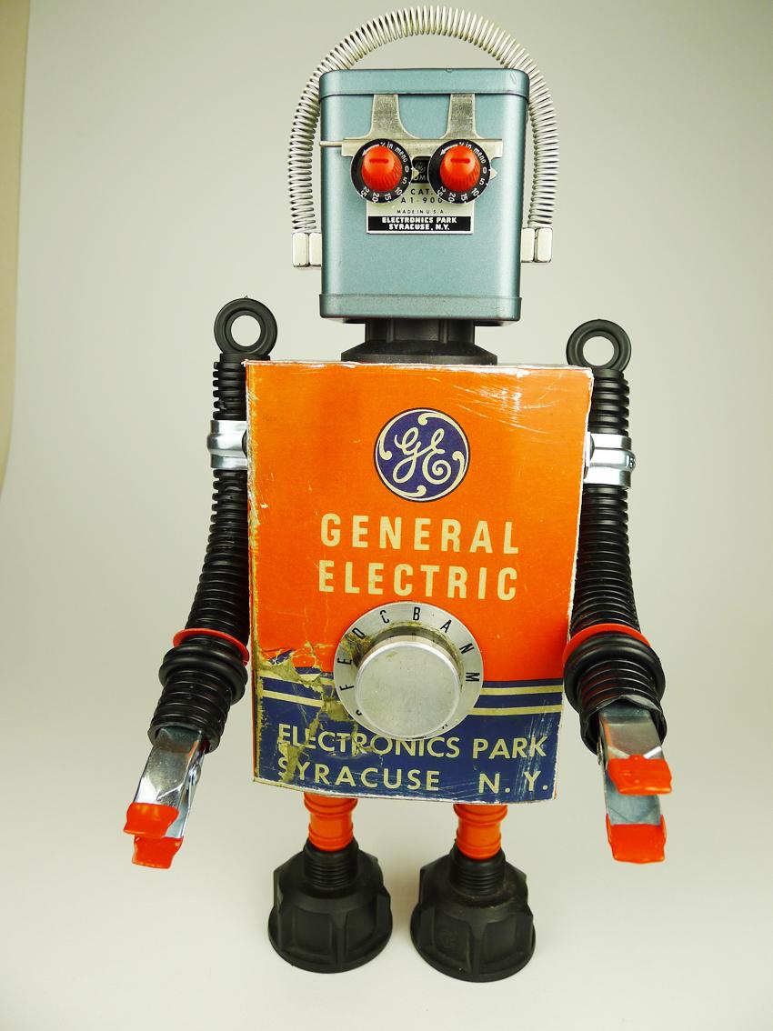 Как из подручных материалов сделать робота