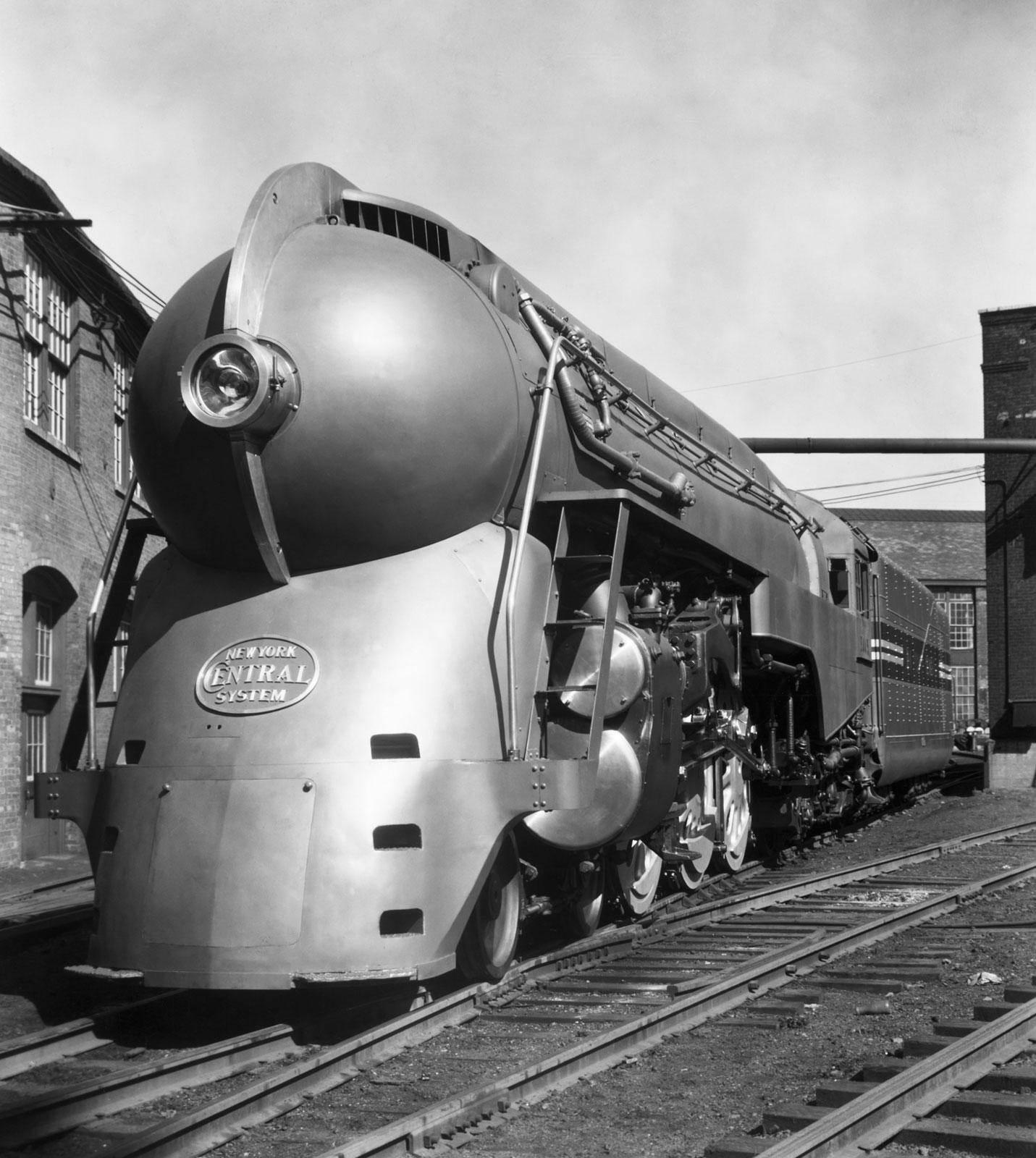 penccil : : : Streamlining Henry Dreyfuss Train