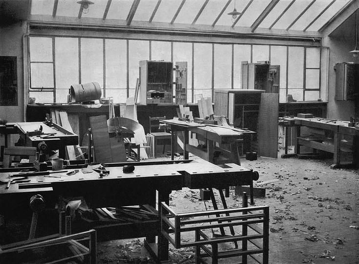 walter gropius director s office at the bauhaus weimar 1923. Black Bedroom Furniture Sets. Home Design Ideas