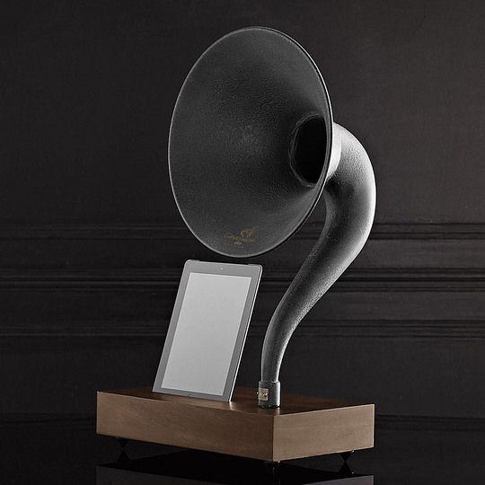 Trends in audio design: Retro/Plug-n-play: Restoration Hardware Gramophone