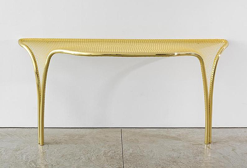 U_198_820302516046_Campana_Racket_Wall_table_sm0.jpg