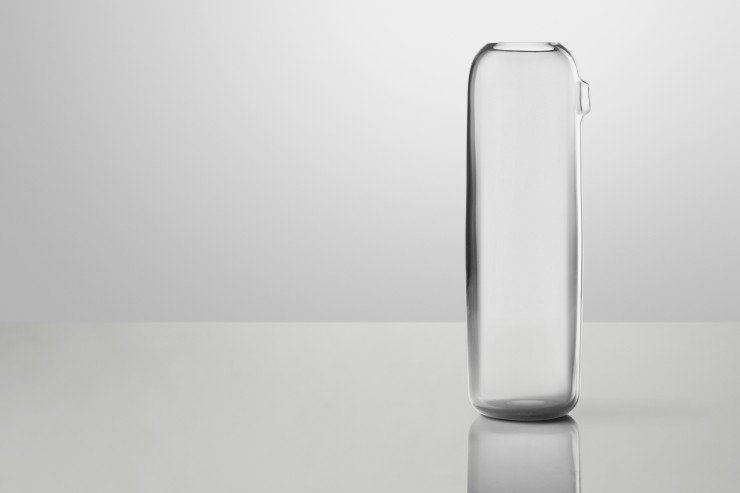Same Same But Different: Boo carafe. Boo is like the skin, or a balloon surrounding the water with openings that tell the simple story of fluid motion in and out of the glass. The carafe exudes a strong personality, as if it's saying »I am Boo, who are you?«