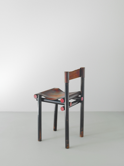 18 classic chairs: Piano chair by Gerrit Rietveld, 1923. Jacksons Collection.