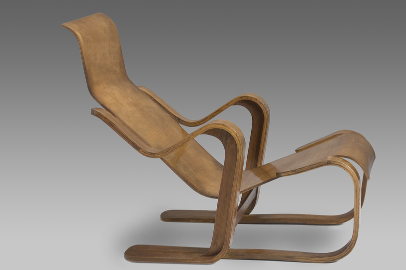 18 classic chairs: Lounge chair by Marcel Breuer, 1935-1936. Jacksons Collection.