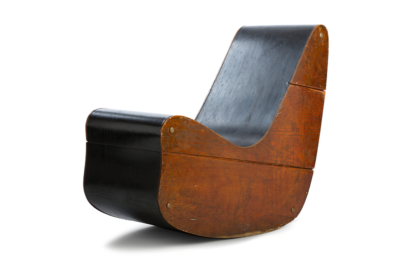 Objects of Desire: Frederick Kiesler, Correalistic Rocker, 1942 © Vitra Design Museum, photo: Jürgen HANS