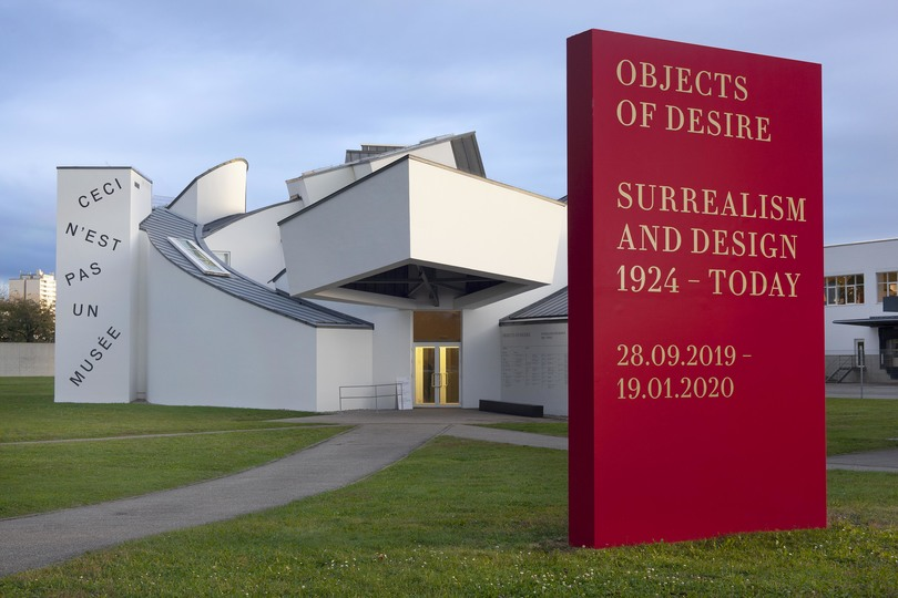 Objects of Desire: »Objects of Desire: Surrealism and Design 1924 – Today« © Vitra Design Museum, photo: Ludger Paffrath