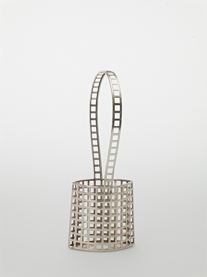 Vienna 1900: Provocatively geometric and abstract forms. Josef Hoffmann, Basket with Handle, Vienna, 1906. Manufacturer: Wiener Werkstätte © MAK/Georg Mayer