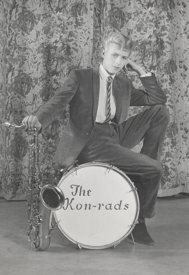 U_48_663845344529_Promotional_shoot_for_The_Konrads_1963._Photograph_by_Roy_Ainsworth._Courtesy_of_The_David_Bowie_Archive_2012._Image__VA_Images.jpg