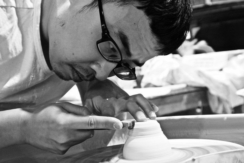 We Ar: Xia Junjie  Having studied in China's Jingdezhen for four years, Junjie made contact with a large number of ceramic producers. In the pursuit of precision craft, he continues to express ideas with traditional ceramics. Junjie blends his inner world into his work, combining his ambition as a child, desire, self-discipline and restraint with traditional ideas. Junjie creates an
