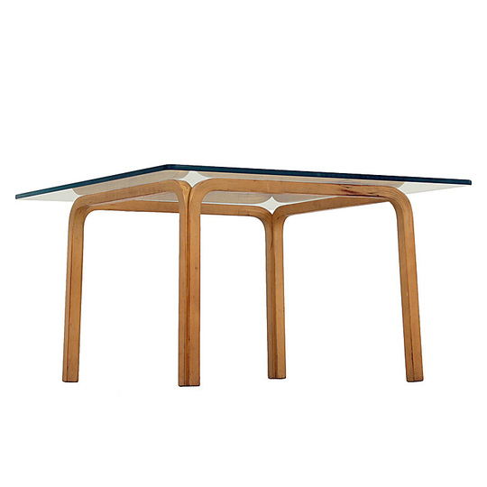 Alvar Aalto furniture: Side table.