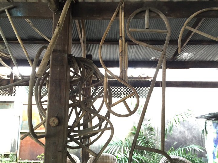 Thai Silk and Rattan: The rattan workshop in Surat Thani