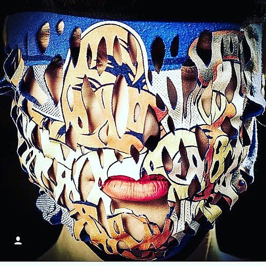 Fashion, Food, Transport: Fashion Mask, Noki